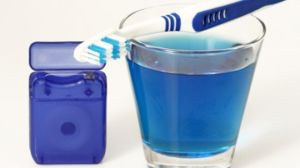 toothbrush_mouthwash_floss_397