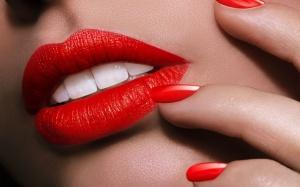 red-lipstickv2