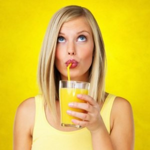 daily-beauty-tip-dont-drink-through-straws-e1321567621808