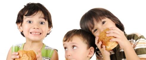 kids eat.jpg