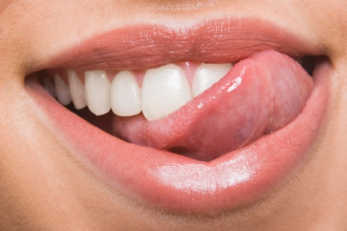 brush-your-tongue.jpg